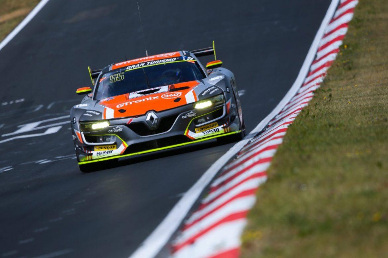 Durch Zeitstrafe nach hinten versetzt: Heiko Hammel, 'Dieter Schmidtmann', Michele Di Martino (Renault R.S.01) (Foto: Jan Brucke/VLN)