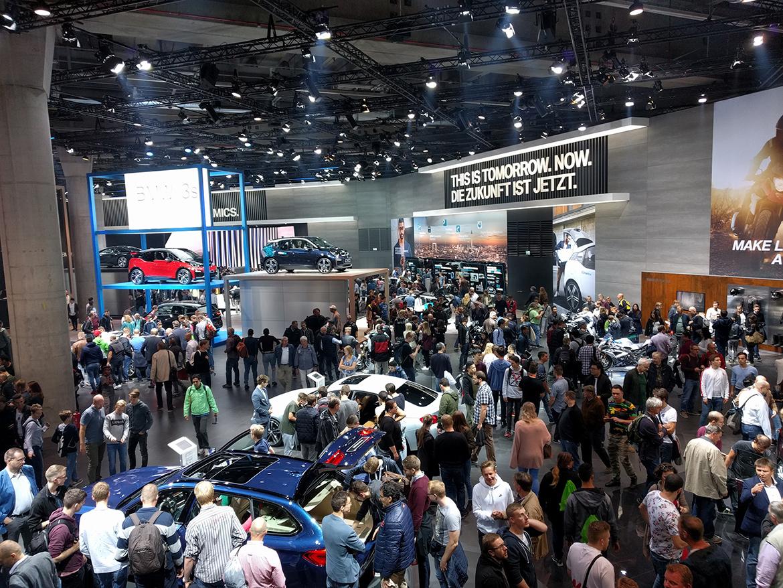 Halle 11 beherbergte BMW und MINI.