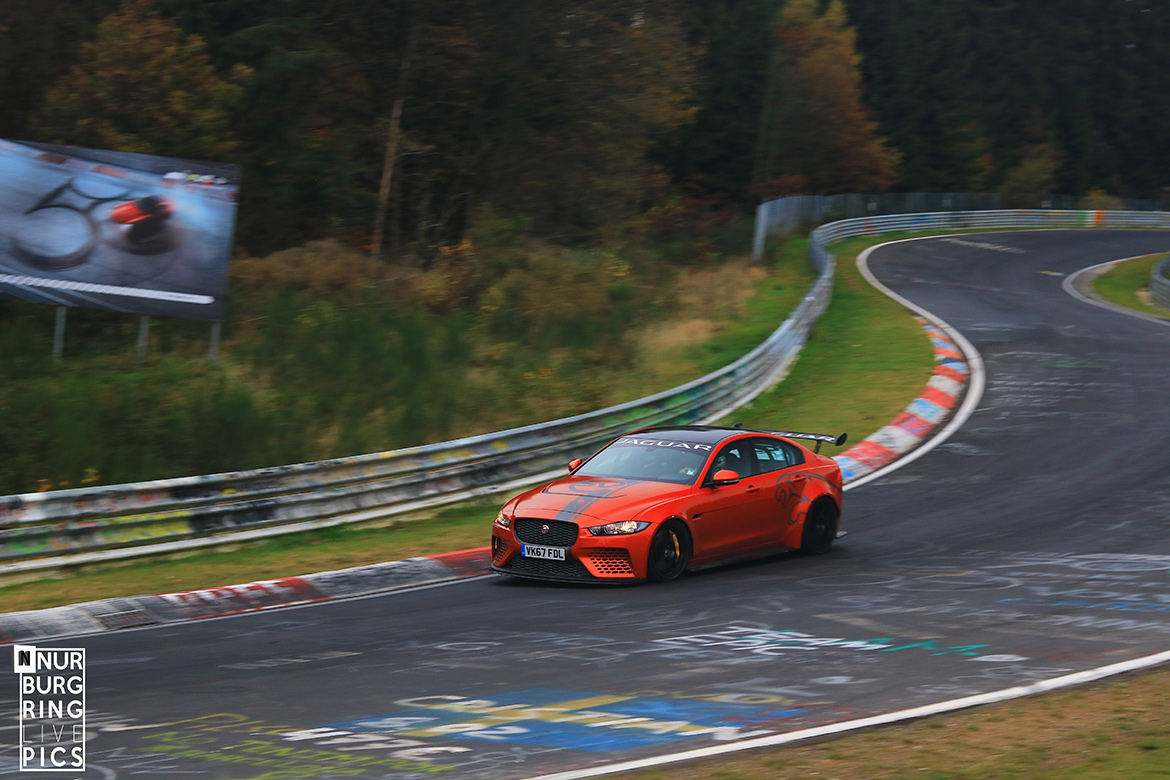 Jaguar XE SV Project 8 (Foto: NurburgringLivePics)