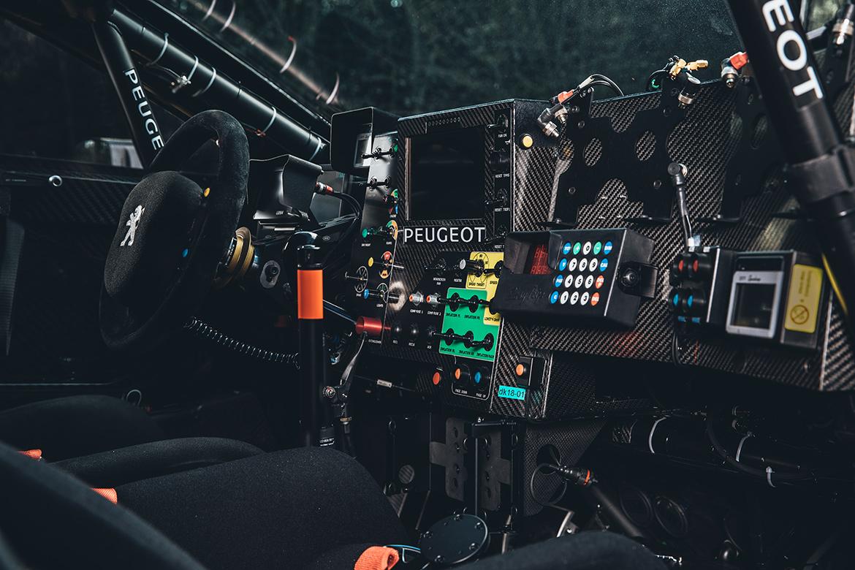 Cockpit des Peugeot 3008 DKR Maxi 2018 (Foto: Peugeot Sport)