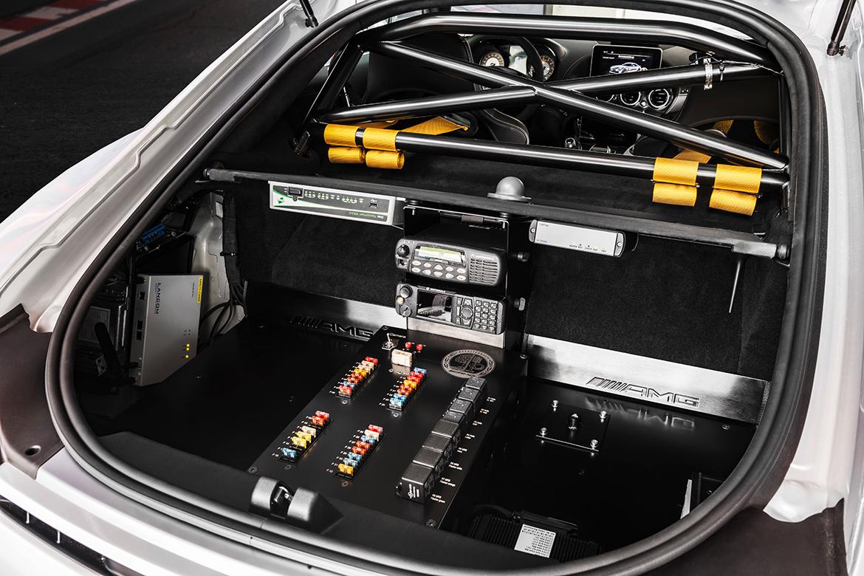 Innenraum des Mercedes AMG GT R Safetycar (Foto: Mercedes)