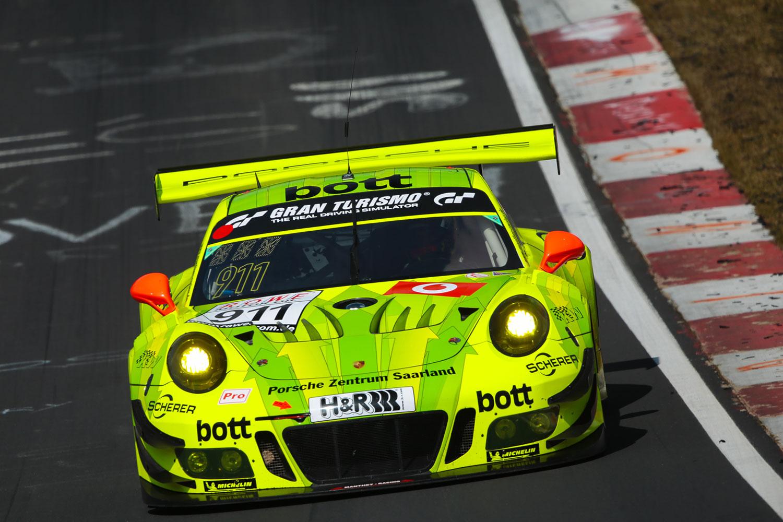 Estre, Bamber, Vanthoor - Porsche 991 GT3 R - VLN 1 2018 (Foto: VLN)
