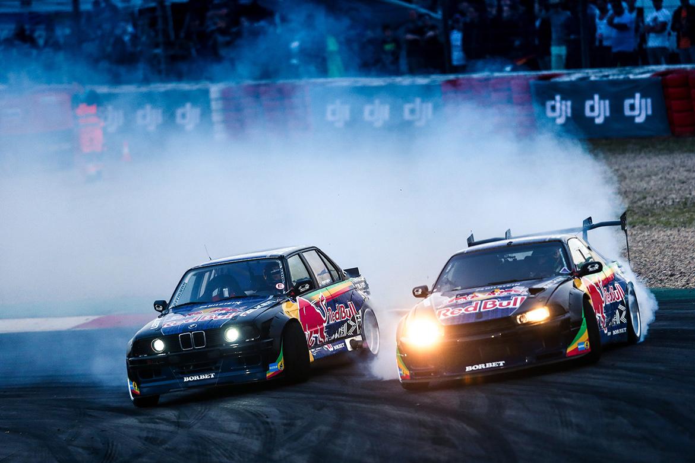 Die Red Bull Drift Brothers werden am Freitag Abend den Fans wieder ordentlich einheizen (Foto: Gruppe C / ADAC)