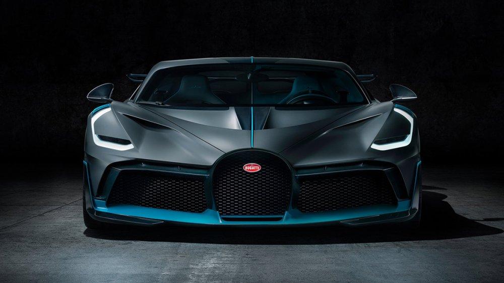 Die Scheinwerfer erinnern an Ferrari FXX-K: Bugatti Divo (Foto: Bugatti)