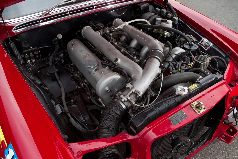 Motorraum des Mercedes 300 SEL 6.8 AMG (Foto: Mercedes)