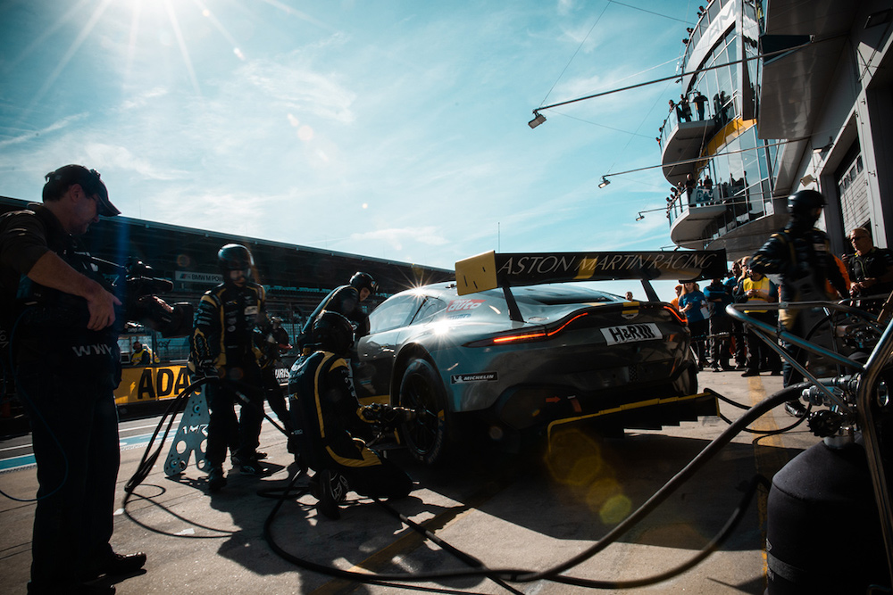 Aston Martin Vantage GT3 - VLN8 2018 (Foto: Felix Maurer)